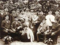 b_215_160_16777215_00_images_bilder_historie_1907_jpg.jpg